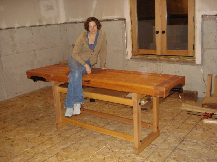 The pride of my studio - my Sjobergs bench.  It cost as much and weighs as much as some of my big power tools!